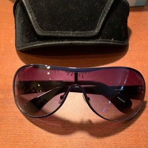 Marc by Marc Jacobs blue sunglasses